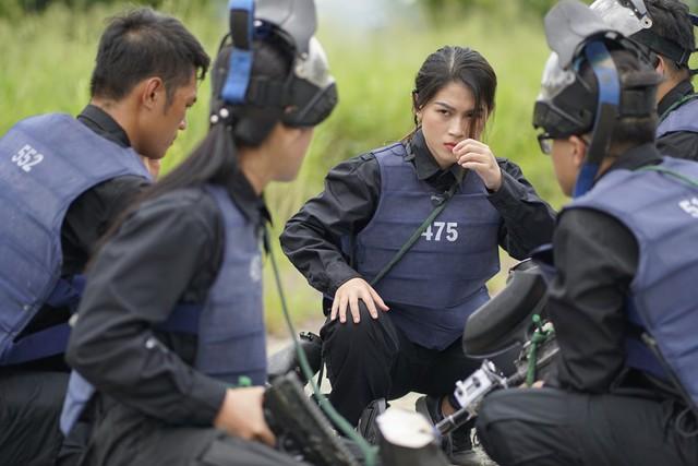 """Phương Oanh khóc nức nở vì đau đớn, Ngọc Thanh Tâm tái mặt vượt thử thách khốc liệt của """"Mỹ nhân hành động"""" - Ảnh 2."""