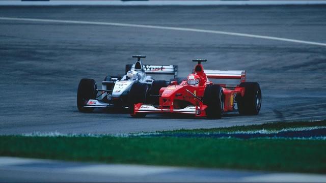 Đua xe F1: Nhìn lại chức VĐTG đầu tiên của Schumacher với Ferrari - Ảnh 1.