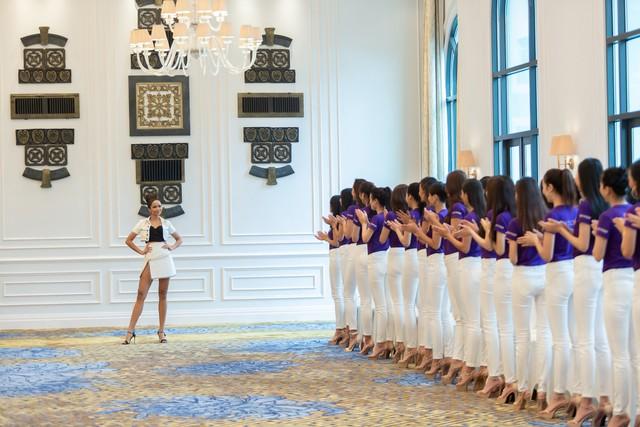 Tôi là Hoa hậu Hoàn vũ Việt Nam 2019 - Tập 2: Giám khảo giận dữ, bức xúc vì điều này - Ảnh 2.