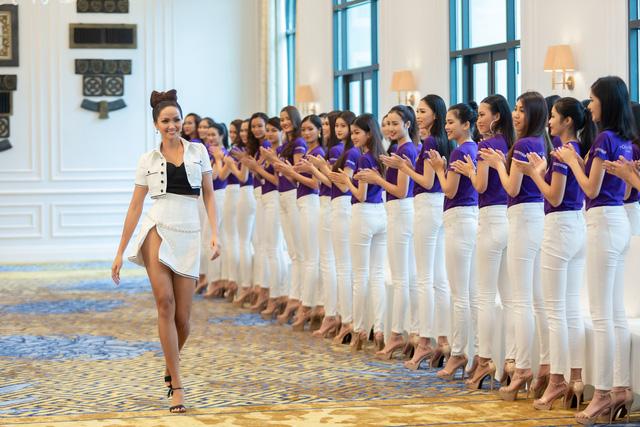Tôi là Hoa hậu Hoàn vũ Việt Nam 2019 - Tập 2: Giám khảo giận dữ, bức xúc vì điều này - Ảnh 8.