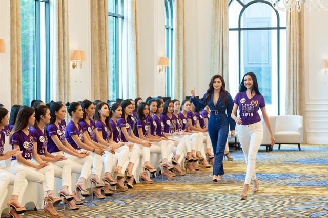 Tôi là Hoa hậu Hoàn vũ Việt Nam 2019 - Tập 2: Giám khảo giận dữ, bức xúc vì điều này - Ảnh 4.