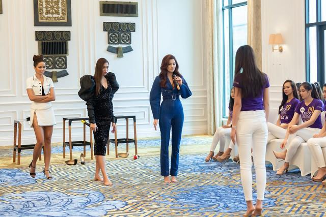 Tôi là Hoa hậu Hoàn vũ Việt Nam 2019 - Tập 2: Giám khảo giận dữ, bức xúc vì điều này - Ảnh 5.