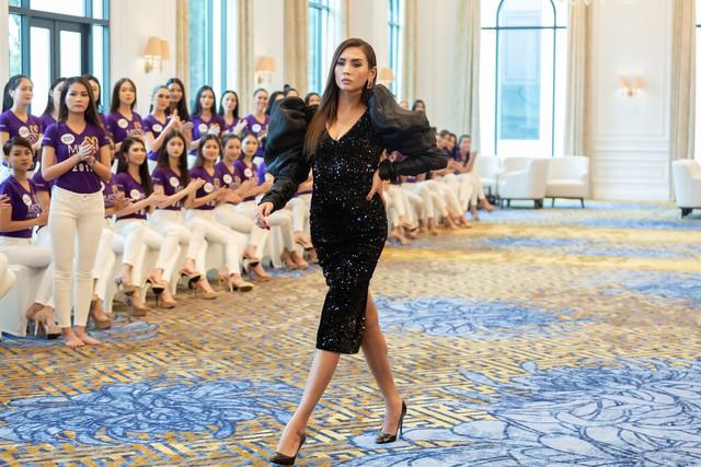 Tôi là Hoa hậu Hoàn vũ Việt Nam 2019 - Tập 2: Giám khảo giận dữ, bức xúc vì điều này - Ảnh 12.