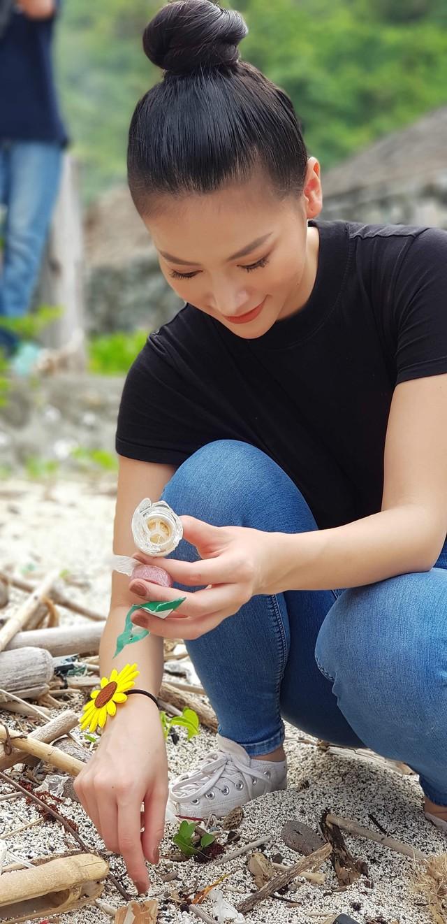 Hoa hậu Phương Khánh lặn biển nhặt rác tại Miss Earth 2019 - Ảnh 5.