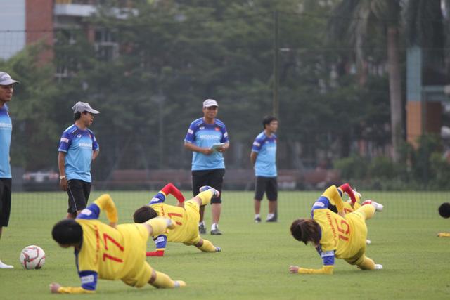 ĐT nữ Việt Nam tập trung, chuẩn bị cho SEA Games 2019 - Ảnh 1.