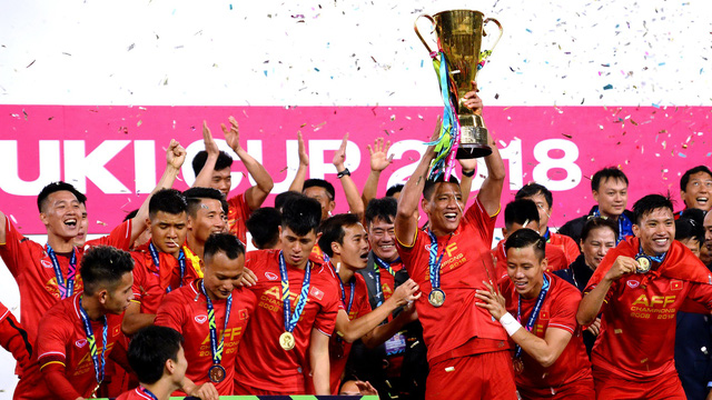 """Ông Mattias Grafström - Phó Tổng thư ký FIFA: """"Bóng đá Việt Nam đang xích lại gần hơn các đội của thế giới"""" - Ảnh 2."""