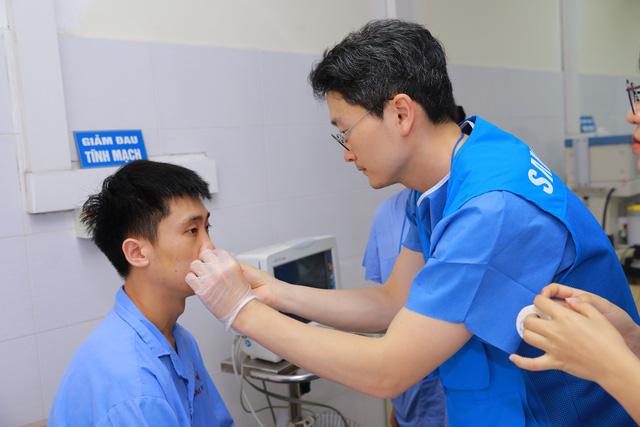 Khám chữa bệnh miễn phí tại các điểm dân cư khó khăn ở Thái Nguyên - Ảnh 3.