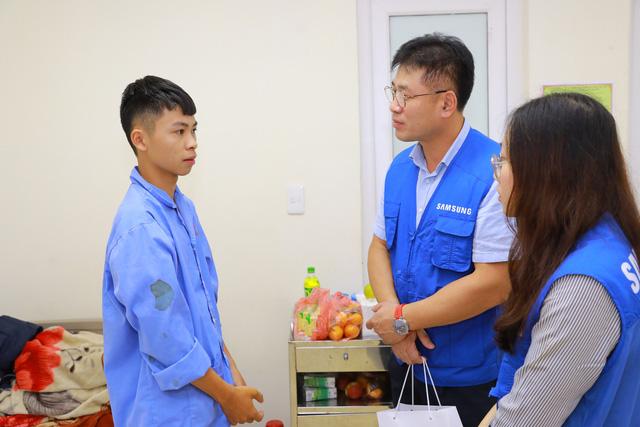 Khám chữa bệnh miễn phí tại các điểm dân cư khó khăn ở Thái Nguyên - Ảnh 7.