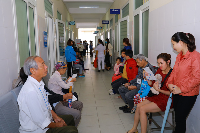 Khám chữa bệnh miễn phí tại các điểm dân cư khó khăn ở Thái Nguyên - Ảnh 1.