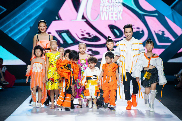 Cao Thái Hà, Tuyết Lan đồng hành cùng NTK Ivan Trần giúp đỡ trẻ em ung thư - Ảnh 3.