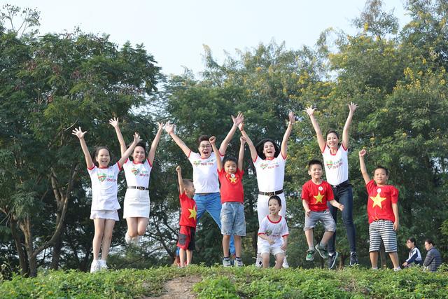 Lương Nguyệt Anh, MC Mỹ Vân chạy ủng hộ trẻ em bị bệnh tim - Ảnh 3.