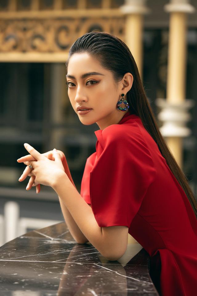 """Hoa hậu Lương Thùy Linh """"mách nhỏ"""" phong cách đồ thu đông 2019 - Ảnh 14."""