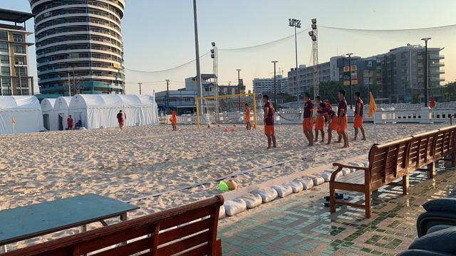 ĐT bóng đá bãi biển Việt Nam hướng tới ngôi vô địch Đông Nam Á - Ảnh 1.