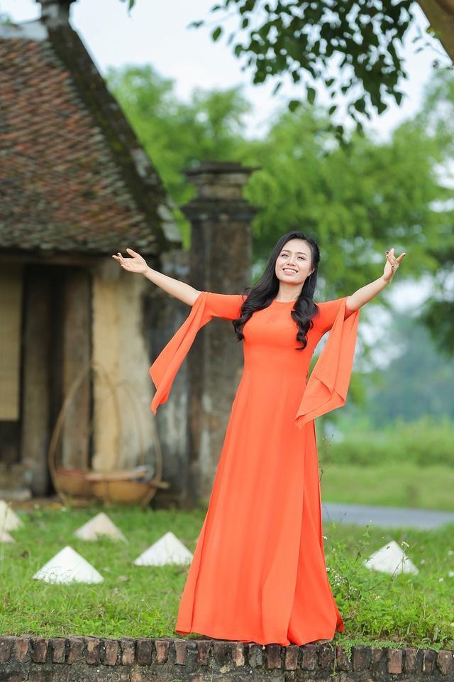 Quán quân sao mai Lương Hải Yến dành MV đầu tay tặng mẹ - Ảnh 8.