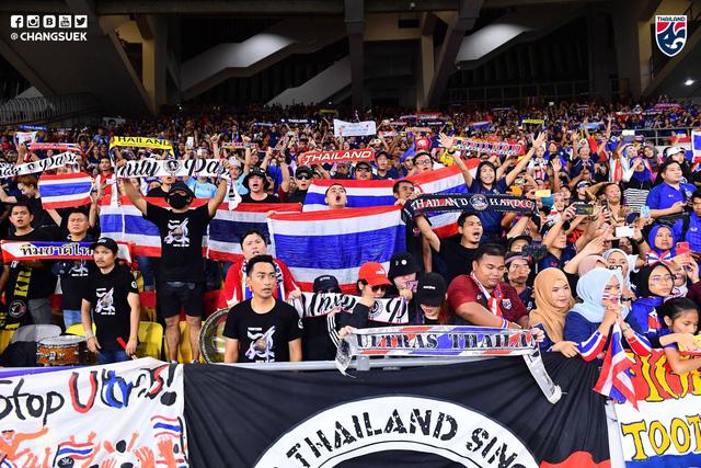 Thua ngược Malaysia, CĐV Thái Lan bi quan, chúc ĐT Việt Nam sẽ nhất bảng G - Ảnh 3.