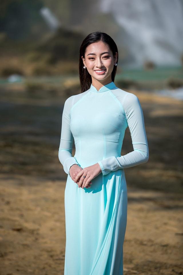Hoa hậu Lương Thùy Linh đẹp mê hoặc trong clip tự giới thiệu gửi đến Miss World 2019 - Ảnh 17.