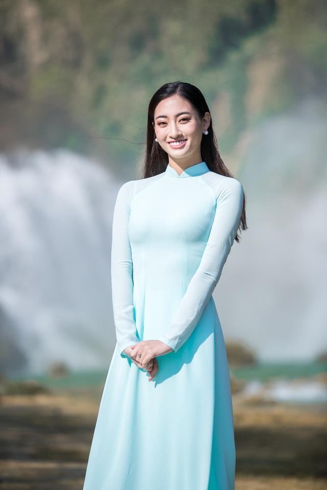 Hoa hậu Lương Thùy Linh đẹp mê hoặc trong clip tự giới thiệu gửi đến Miss World 2019 - Ảnh 2.