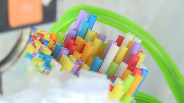 Campuchia sắp cấm đồ nhựa sử dụng một lần - Ảnh 1.