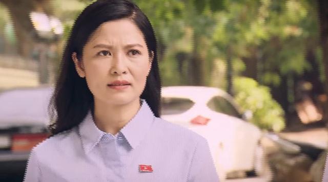 Sinh tử - Tập 10: Bà Hiền nghi ngờ Chủ tịch Trần Nghĩa muốn ém nhẹ tội vụ sập mỏ đá - Ảnh 2.