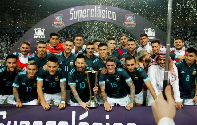 ĐT Brazil 0-1 ĐT Argentina: Messi lập công, ĐT Argentina đoạt cúp siêu kinh điển Nam Mỹ - Ảnh 3.