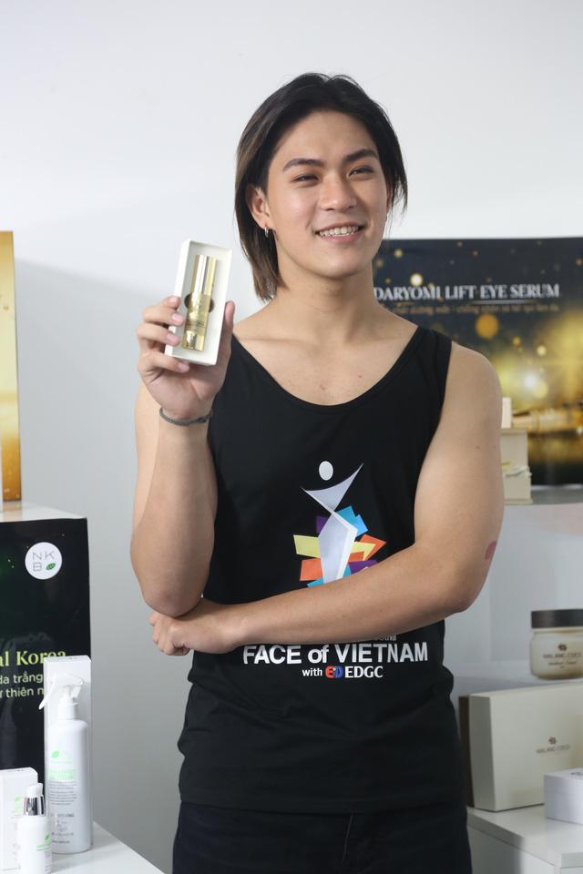 Dàn thí sinh Face of Viet Nam tự tin tạo dáng trước ống kính - Ảnh 6.