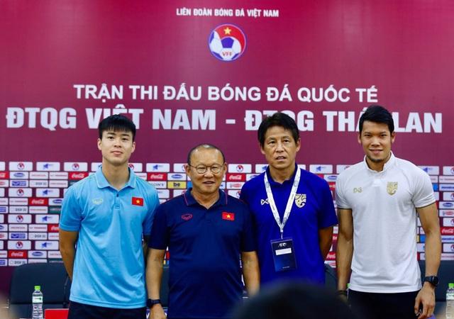 HLV Park Hang Seo: Công Phượng sẽ ghi bàn, Quang Hải đủ khả năng thi đấu tại Tây Ban Nha - Ảnh 1.