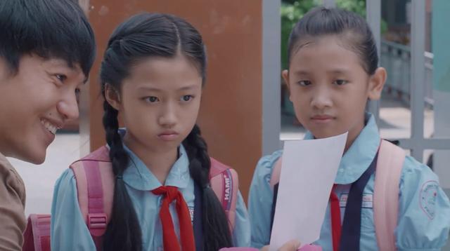 Tiệm ăn dì ghẻ - Tập 1: Ra tù, Minh (Quang Tuấn) khiến khán giả xúc động vì tình yêu dành cho con gái - Ảnh 12.