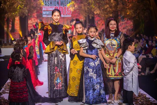 Gần 200 mẫu nhí tỏa sáng trong chương trình thời trang Thu Đông - Ảnh 6.