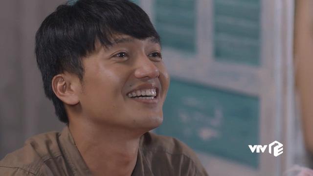 Tiệm ăn dì ghẻ - Tập 1: Ra tù, Minh (Quang Tuấn) khiến khán giả xúc động vì tình yêu dành cho con gái - Ảnh 14.
