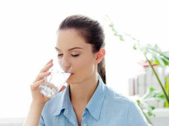 Điều kỳ diệu gì xảy ra nếu bạn uống nước ấm mỗi sáng thức dậy? - Ảnh 11.