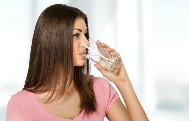 Điều kỳ diệu gì xảy ra nếu bạn uống nước ấm mỗi sáng thức dậy? - Ảnh 4.