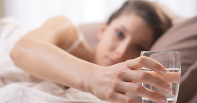 Điều kỳ diệu gì xảy ra nếu bạn uống nước ấm mỗi sáng thức dậy? - Ảnh 7.