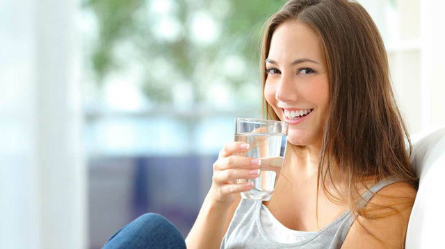 Điều kỳ diệu gì xảy ra nếu bạn uống nước ấm mỗi sáng thức dậy? - Ảnh 8.