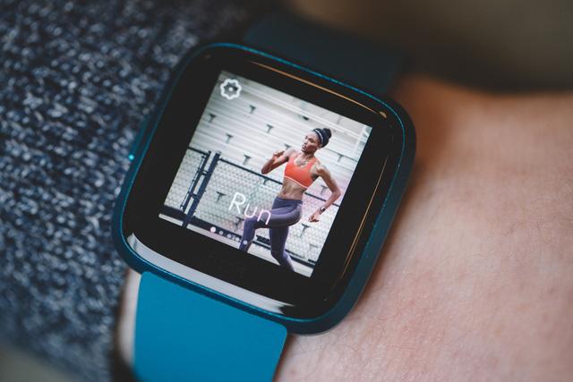Apple chú ý: Google chi 2,1 tỷ USD thâu tóm Fitbit - Ảnh 2.