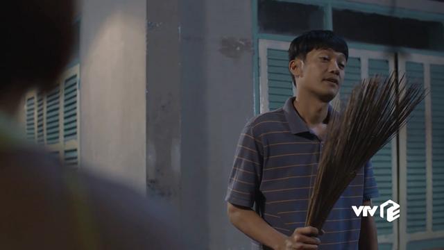 Tiệm ăn dì ghẻ - Tập 2: Muốn hàn gắn với vợ cũ, Minh (Quang Tuấn) sững sờ khi thấy Ngọc (Dương Cẩm Lynh) dọa chết - Ảnh 2.
