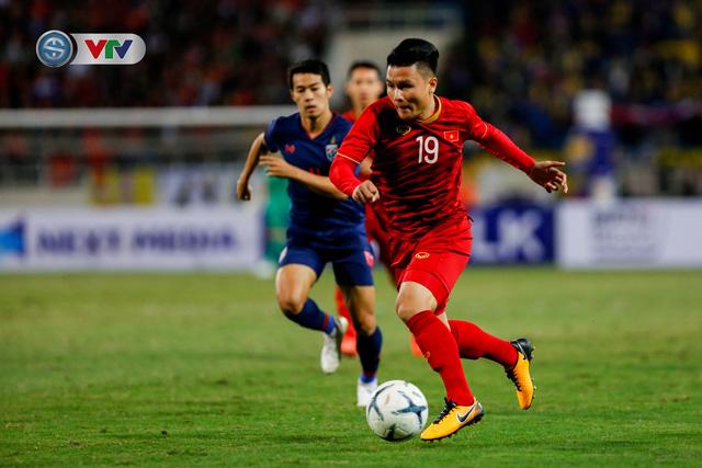 ẢNH: Đặng Văn Lâm tỏa sáng, ĐT Việt Nam bất phân thắng bại với ĐT Thái Lan - Ảnh 3.