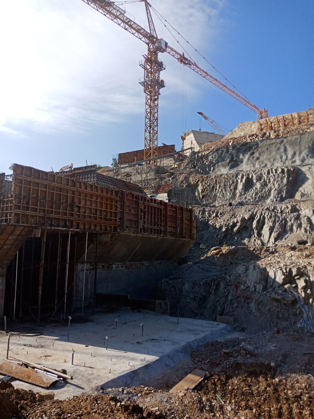 Điều Lữ đoàn 384 vào xây dựng Hồ chứa nước EaH'leo I - Ảnh 4.