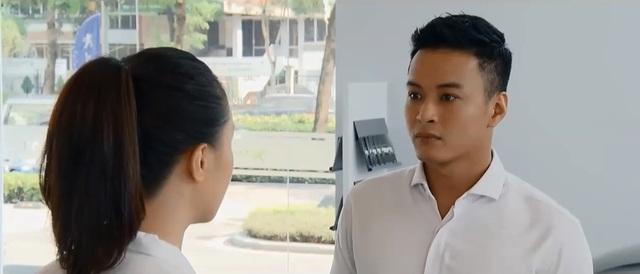 Hoa hồng trên ngực trái - Tập 32: Đang vui vẻ làm công ty Bảo, Khuê lại quyết định nghỉ việc - Ảnh 3.