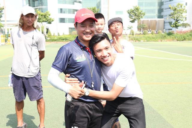 Đoàn Văn Hậu bất ngờ xuất hiện trong chương trình Cầu thủ nhí 2019 - Ảnh 4.