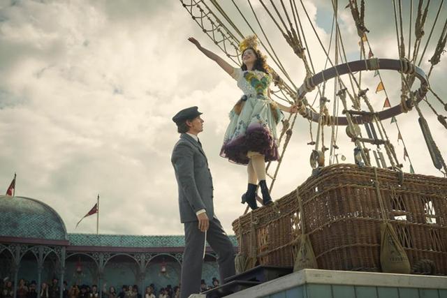 Cặp đôi ấn tượng của điện ảnh Anh quốc tái hợp trong cuộc chiến sinh tử trên không - Ảnh 1.