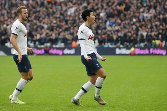 West Ham 2-3 Tottenham: Chiến thắng đầu tay của Mourinho - Ảnh 1.