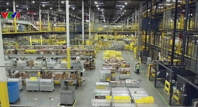 Amazon sẽ bán hàng trên nền tảng thương mại điện tử Pinduoduo của Trung Quốc - Ảnh 1.
