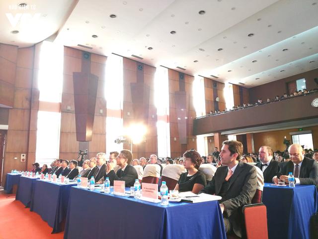 Đại học Xây dựng kỷ niệm 20 năm Chương trình đào tạo kỹ sư chất lượng cao tại Việt Nam - Ảnh 3.