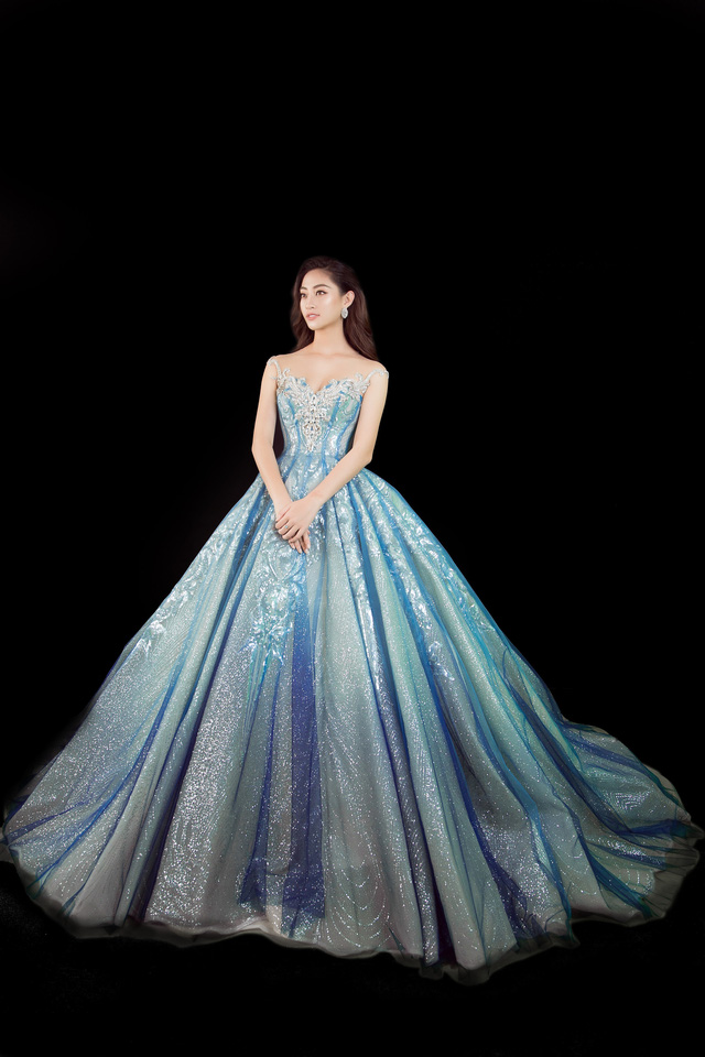 Miss World 2019: Lương Thùy Linh tung clip khoe giọng hát dự thi tài năng - Ảnh 4.