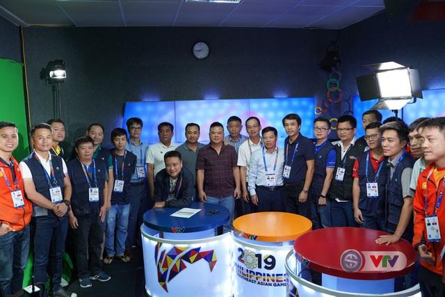 Phó Tổng giám đốc Đài Truyền hình Việt Nam Đinh Đắc Vĩnh đến IBC động viên đoàn công tác của VTV tại SEA Games 30 - Ảnh 5.
