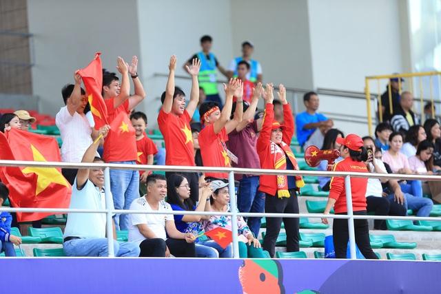 ẢNH: Thắng thuyết phục ĐT nữ Indonesia, ĐT nữ Việt Nam giành quyền vào bán kết SEA Games 30 - Ảnh 9.