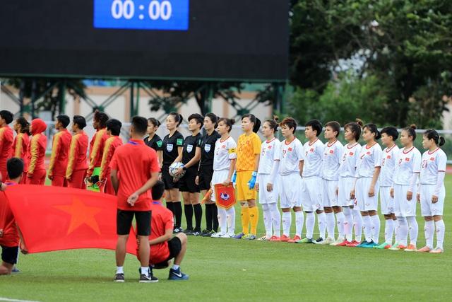 ẢNH: Thắng thuyết phục ĐT nữ Indonesia, ĐT nữ Việt Nam giành quyền vào bán kết SEA Games 30 - Ảnh 2.