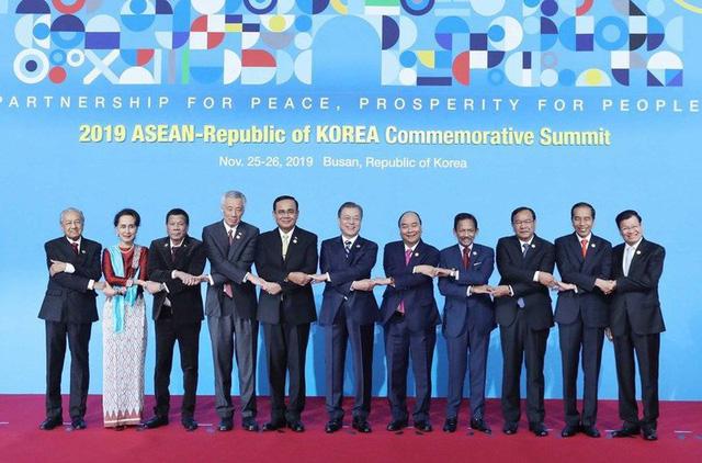 4 điểm nổi bật trong chuyến thăm Hàn Quốc đầu tiên của Thủ tướng Nguyễn Xuân Phúc - Ảnh 1.