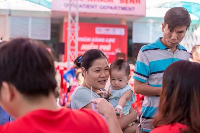 Trái tim cho em hỗ trợ gần 3 tỷ đồng phẫu thuật tim bẩm sinh cho trẻ em nghèo - Ảnh 3.