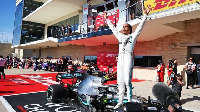 Về nhì tại GP Mỹ, Lewis Hamilton lần thứ 6 vô địch F1 - Ảnh 2.
